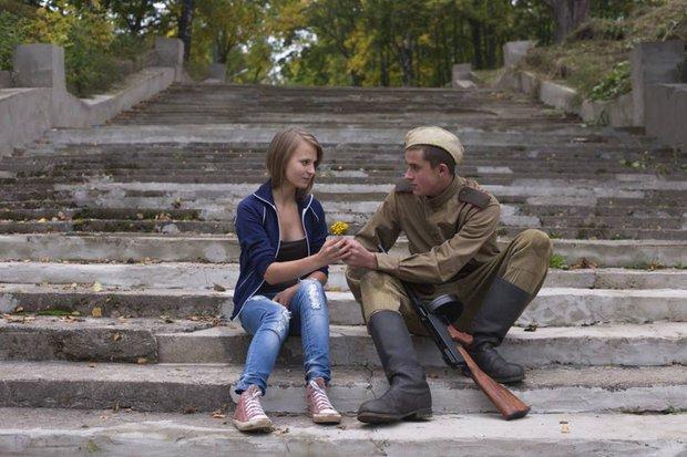 soldat_i_devushka