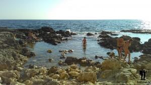 Нелли купается в Чёрном море