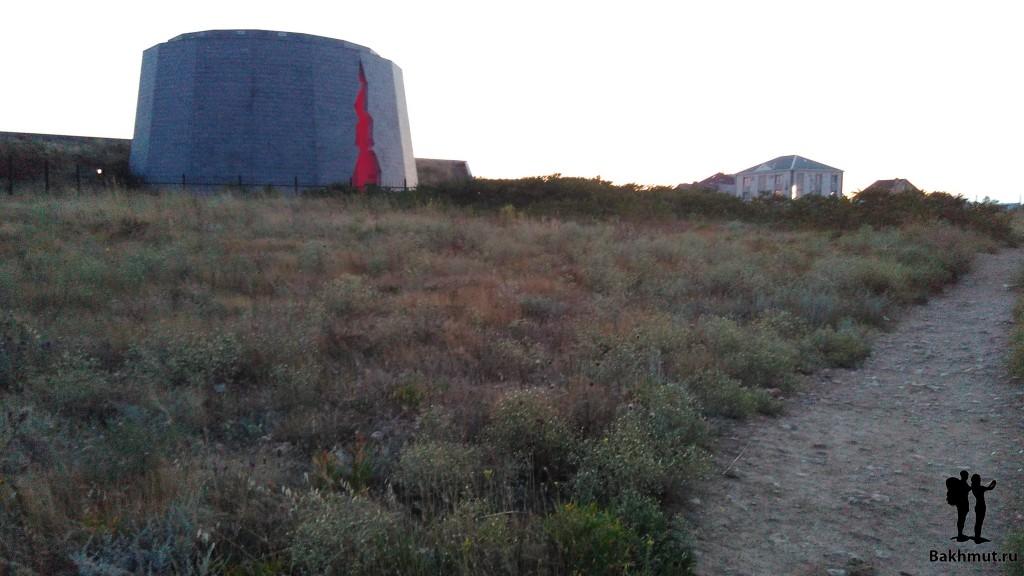 Памятник защитникам батареи
