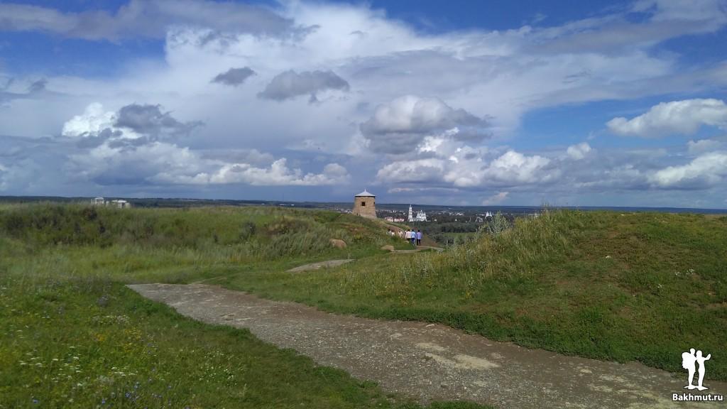 Восстановленная тысячелетняя башня в Елабуге