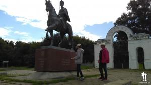 Памятник Дуровой в Елабуге